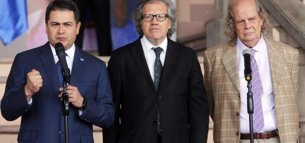 Luis Almagro y JOH