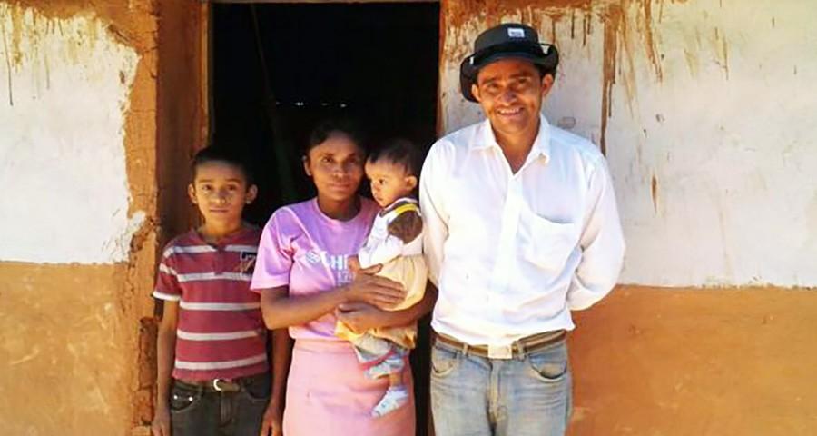 Iván Osorto y su esposa reciben tratamiento contra el Mal de Chagas.