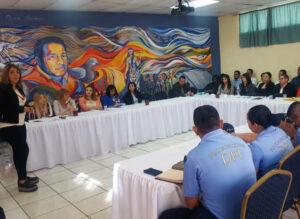 Operadores de justicia dialogan sobre consecuencias del abuso sexual en niños