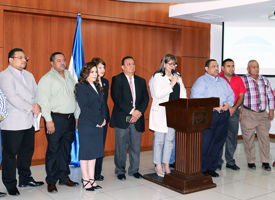 conferencia prensa La Plataforma