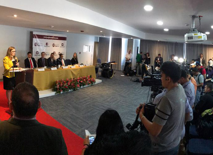 conferencia inauguración edificio